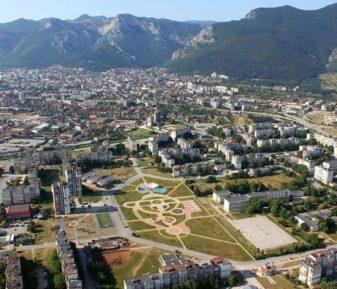 Най-големият парк във Враца е почти готов