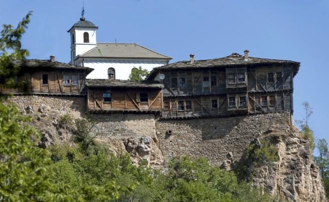 glozhenski-manastir